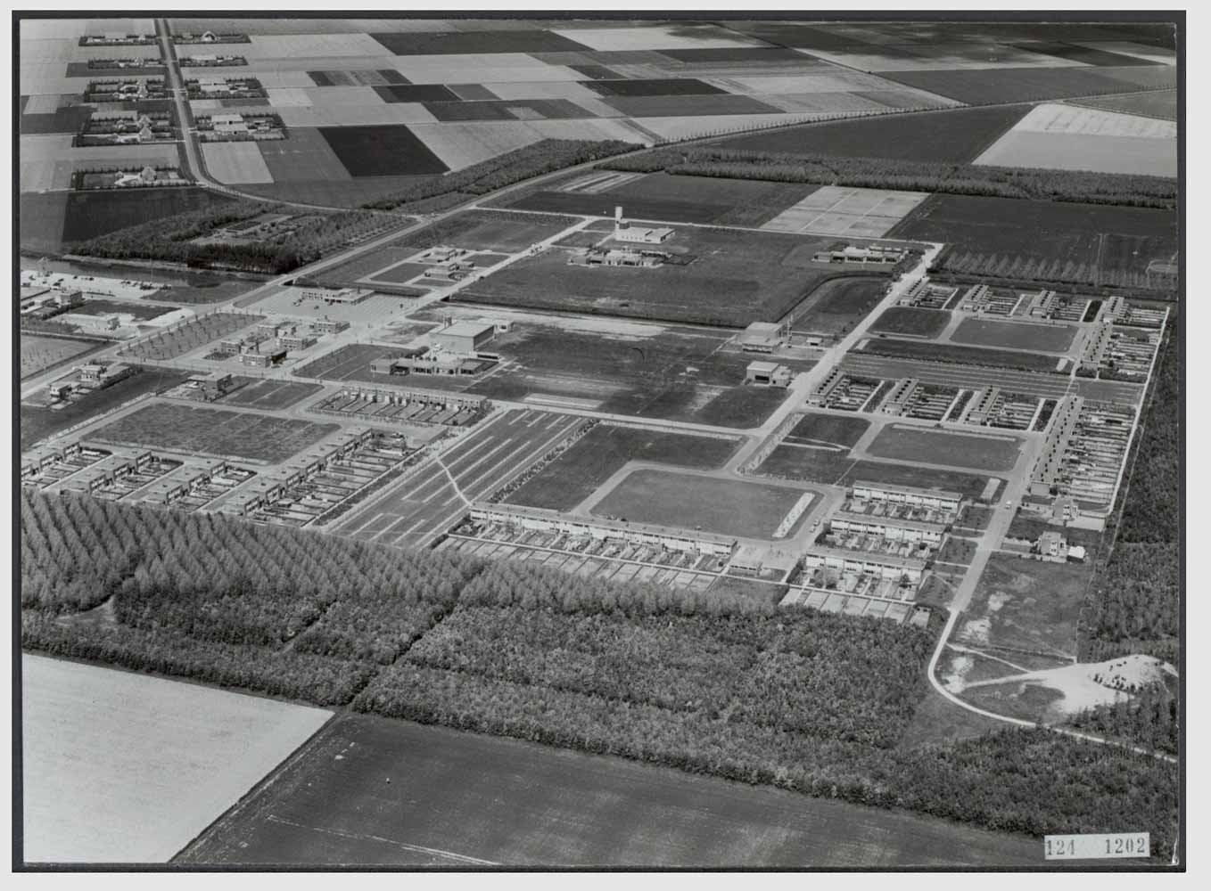 historic aerial photograph of Nagele under construction image courtesy of the National Archives
